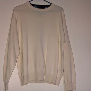 Tommy Hilfiger crew sweater size meduim